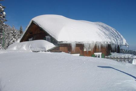 Lustenauer Hütte im Winter
