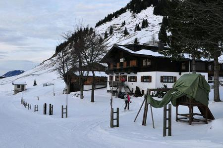Die Burgeralm in Winter