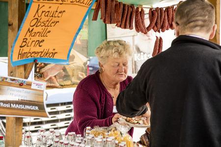 Marktstand beim Markt in Fieberbrunn