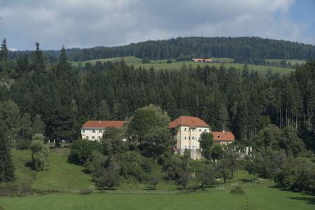 Landsitz im Grünen