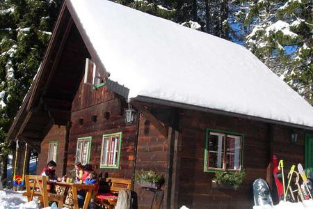 Ferner Hütte außen
