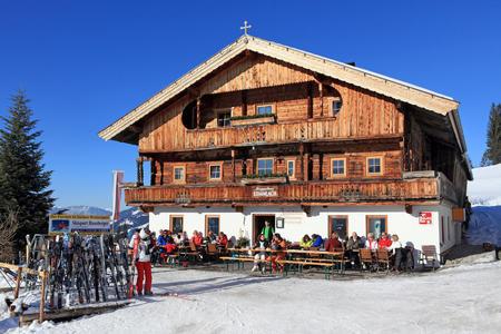 Das Berggasthaus Stimmlach im Winter