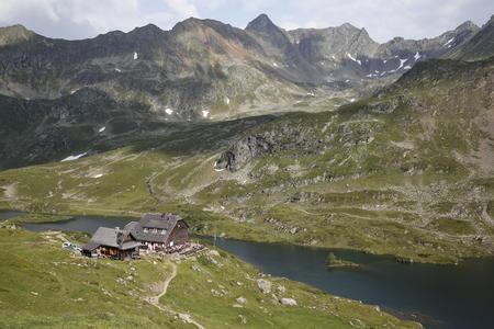 Die Ignaz-Mattis-Hütte an den Giglachseen