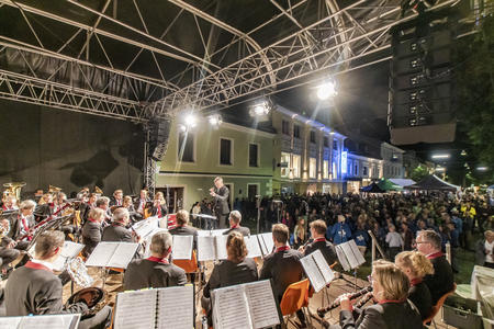 Open-Air-Konzert am Schladminger Hauptplatz - Mid EUROPE