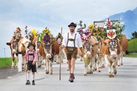 Almabtrieb und Kirchtagsfest in Reith im Alpbachtal