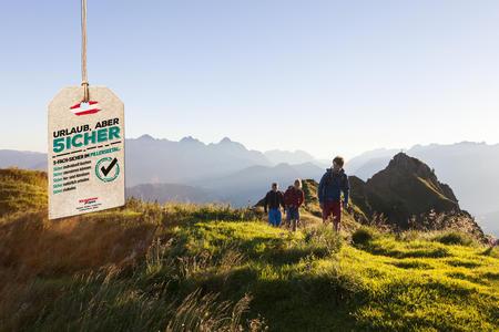 Wanderer bzw. Klettersteiggeher im Gebiet zwischen Wildseeloder, Marokka und Henne in Fieberbrunn