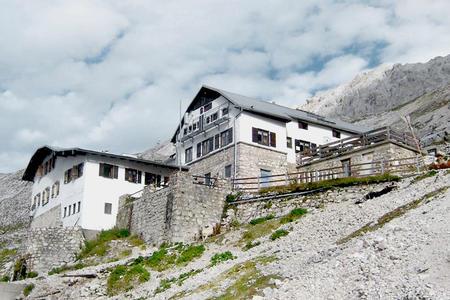 Knorrhütte im Wettersteingebirge