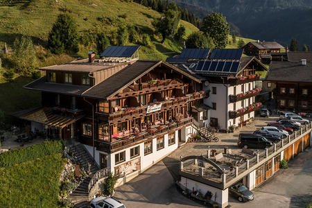 Alpenhotel Wanderniki in Panoramalage